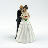 Wholesale Wedding Table Decor Romantic Rose hugging bride and groom Figurines Wedding Cake Toppers