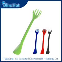 Fun and functional design plastic shoe horn