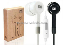 High Quality XIAOMI white black Stereo Earphone Headphone Headset with Remote and MIC retail package For Xiaomi Samsung iPhone W