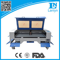 Superior CO2 Laser Engraving Cutting Machine for Garment/ Leather/ Cloth