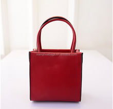 EVERGREEN 2015 new designs+Real handbag FACTORY +welcome for your VISIT
