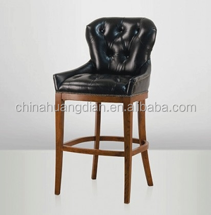 Chesterfield en cuir d 39 unit centrale avec hdb549 tabouret de bar en bois - Chaise chesterfield cuir ...