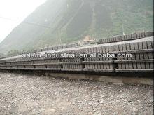 Plastic pallet for concrete block production