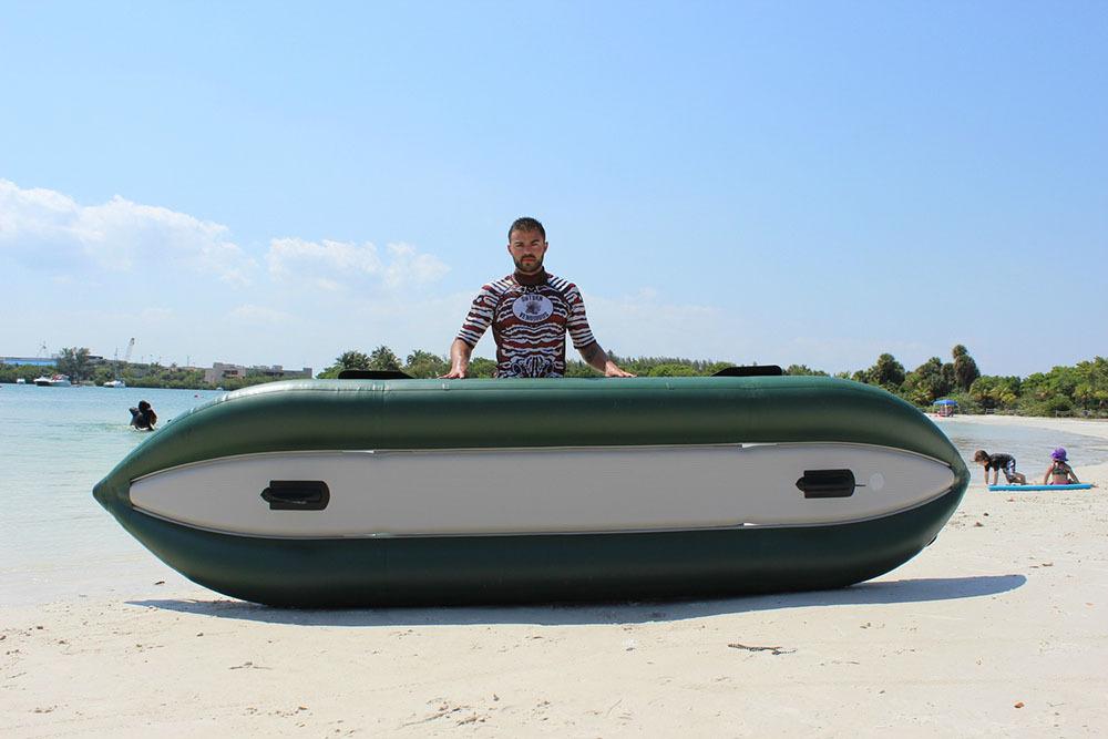ocean-inflatable-fishing-kayak-06.JPG