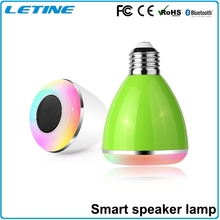 Long Spantime Music changable colors wireless high quality safety mini Speaker Bluetooth LED Light Bulbs for Android and IOS App