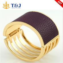 Modelos de moda de diseño mean well ancho de cuero oro bangle pulseras