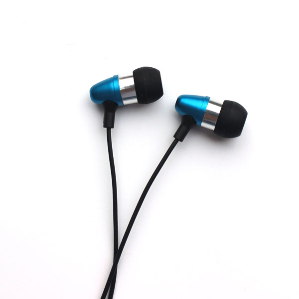 2015 new design light weight metal earphones