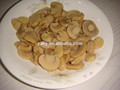 pieza en conserva y el tallo de la preservación de setas de comida instantánea para vegetarianos