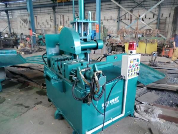 Hydraulic cutting machine2A.jpg