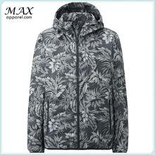 Newest arrival 100% Polyester water repellent light packable Jacket , Pocketable Jacket , Matte Color sports outdoor jacket