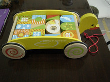 Wooden duck pull cart toy with blocks for kids