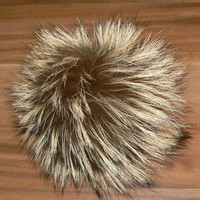 Wholesale Fluffy Large Raccoon Fur Pom poms for Beanie Hat