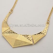 BEST SELLING STYLE Fashion Design pictures of beaded necklaces 2012