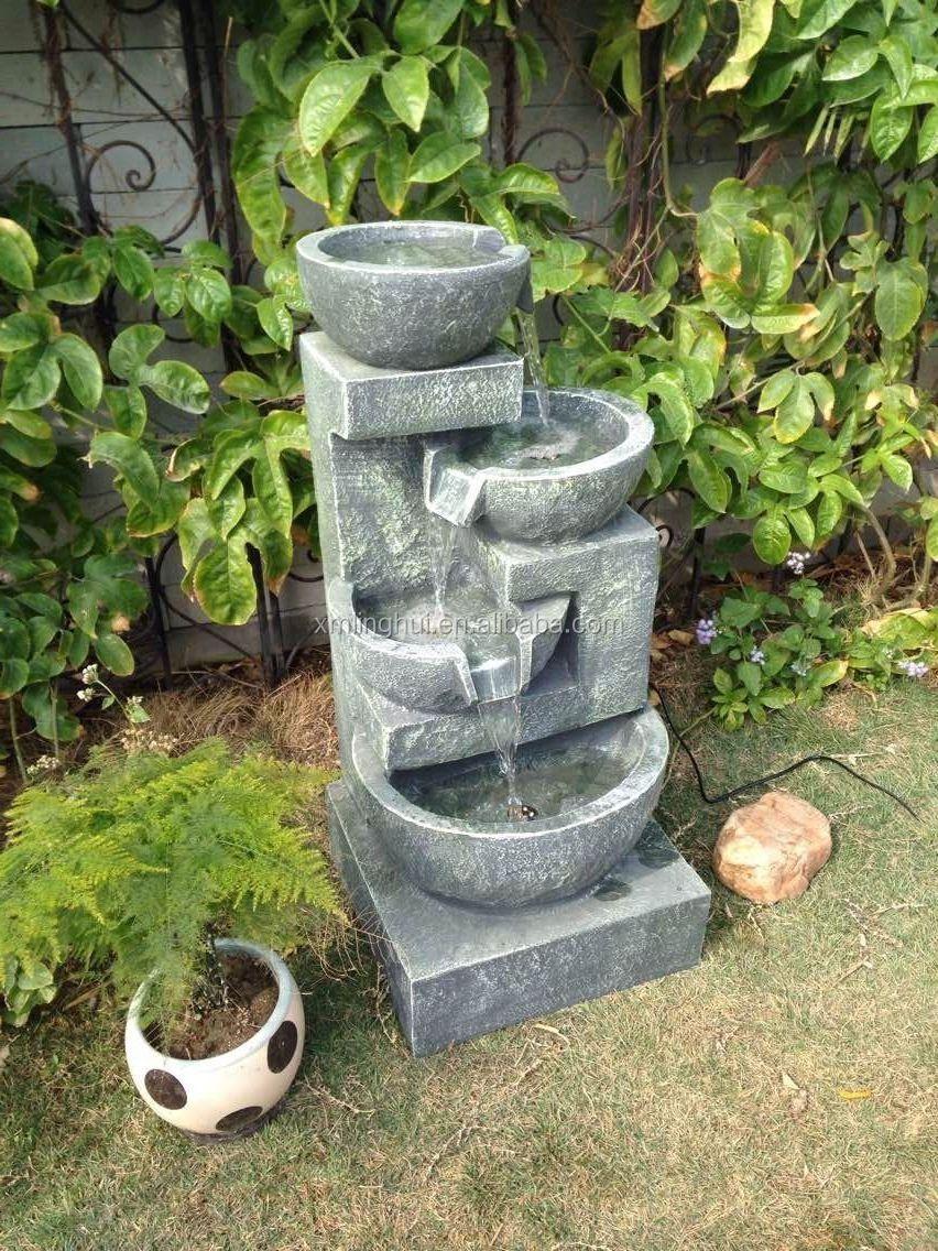 casa fontaine a eau casa fontaine a eau casa vicens de. Black Bedroom Furniture Sets. Home Design Ideas