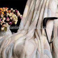 Circle Embossed Fleece Warm Blanket