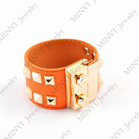 women fashion jewelry design leather bracelet&bangle gold plated titanium steel nail and rivets charm GBG494