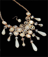 194-4-2-CPNE0172-1-GD/IVO/CLAB GOLD IVORY CLEAR AB MULTI STONES CLUSTER NECKLACE & EARRING SET/6SETS