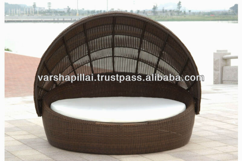 Rattan round outdoor lounge bed with canopy buy rattan for Outdoor lounge bed with canopy