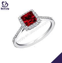 fresco rojo de diseño cuadrado joyería de marruecos