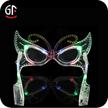 Hot Cheap Promotional Gifts Fashionable Butterfly Shaped Glow Party Glasses