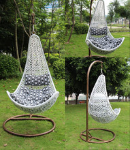 2015 New arrival synthetic rattan swing chair/Maple leaf shape wicker chair/rattan hanging chair with steel frame