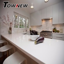Ideal White Quartz Kitchen Countertop