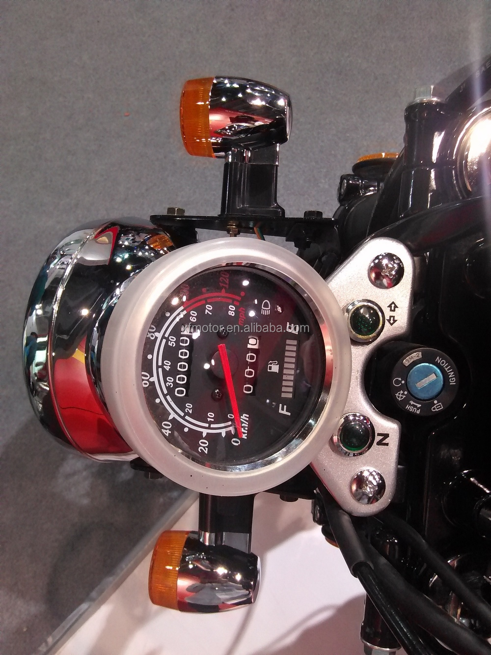 speedometer with fuel lights.jpg