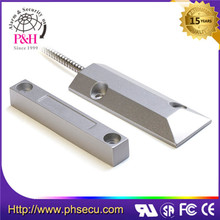 overhead metal magnetic electrical contacts