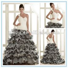 Sales Promotion Strapless Sweetheart Organza Tiered Layers Skirt Black and White Wedding Dresses 2012
