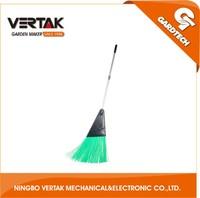 Big customers cooperation aluminum handle plastic garden brooms