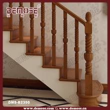 intérieur en bois escalier balustrade main courante