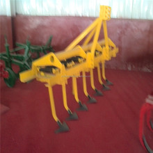 Spring steel plow points cultivator in agricultural equipment