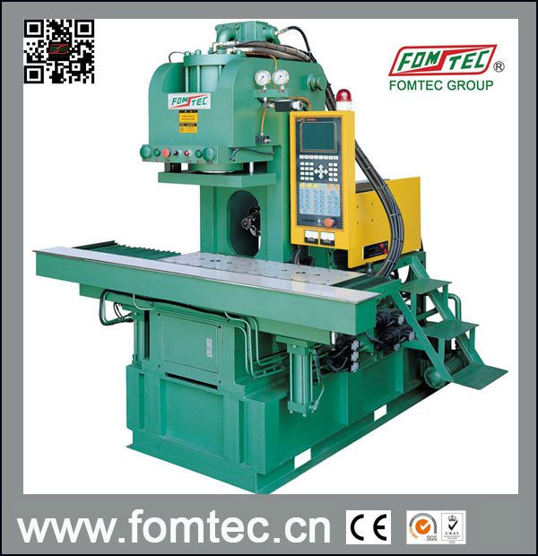 Tie-bar less Injection Molding Machine