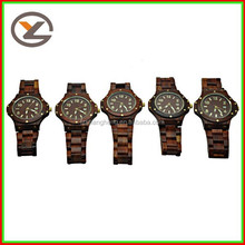 2013 high quality good service wood watch with different colors
