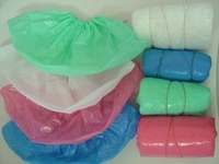 Colorful Disposable PE CPE plastic overshoes blue green pink red white shoecover machine made