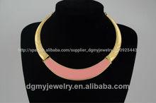 Venta al por mayor collares de esmalte, babero populares collares