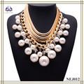 El último diseño Wholesale alta calidad con encanto plateado oro collar de perlas
