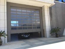 Modern Automatic Aluminum Frame Tempered Glass Panel Sectional Folding Garage Door Guangdong Manufacturer Price