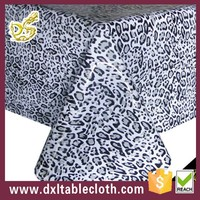 wholesale fancy polyester cotton fabric pvc Leopard grain tablecloth with non woven banquet tablecloth for sale