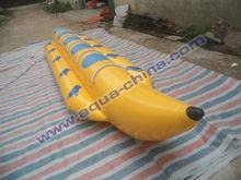 popular de agua inflable barco de plátano para los amantes de la