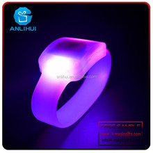 birthday party suplies LED silicone bracelets with factory price