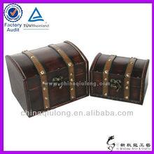 Small size handicraft wooden box