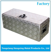 aluminium truck chests with one T handle lock on the top of box