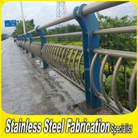 2015 Hot Sale Decorative 304 Stainless Steel Highway Guard Rail Price