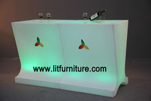 Contador al aire libre/interior de la barra del LED que brilla intensamente, muebles iluminados de la barra