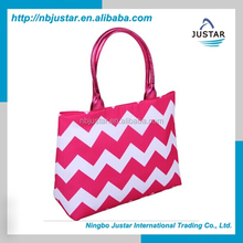Women fashion polyester shopping bag crisscross pink promotion shopping tote bag chevron pattern shopping tote bag for lady