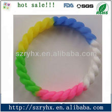 2012 inspirational and Fashionable colorful silicone hollow bracelet