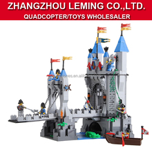 Wholesale kids war tower educational bricks toys, ABS plastic building bricks, DIY interlocking bricks