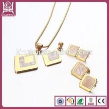 18k collares y aretes de oro fijados para niñas