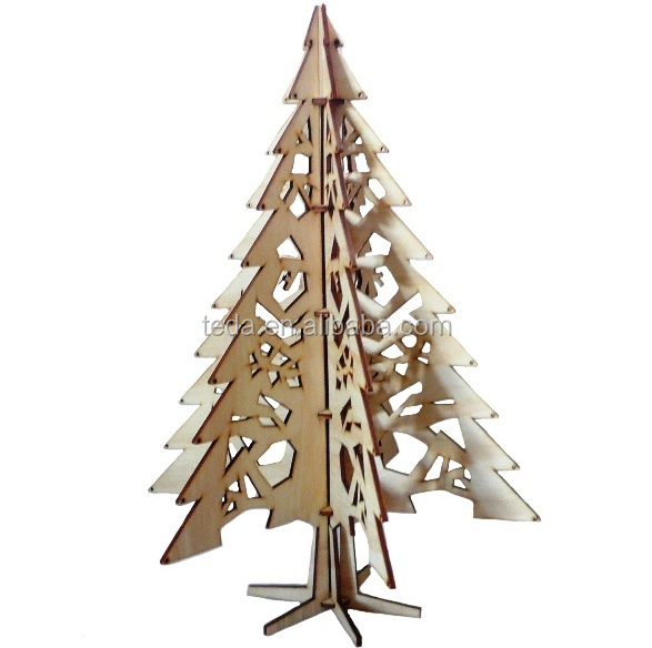 Wooden-Christmas-Tree-Photoshop-File-copy1.jpg